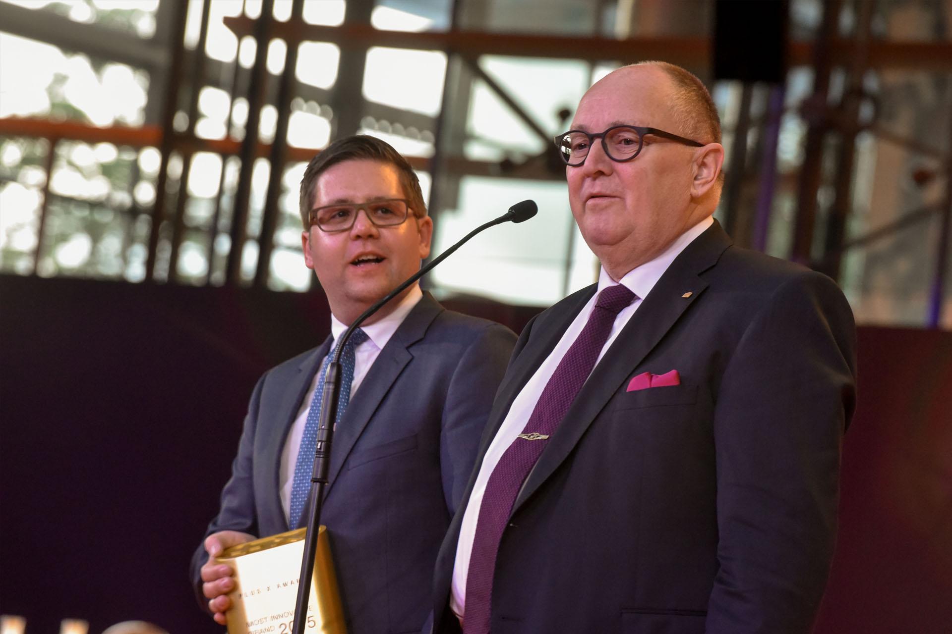 Gerhard Baumann von Bien Zenker auf der Plus X Award Night Preisverleihung